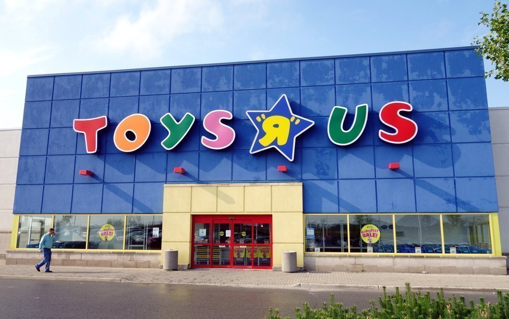 Toys R Us to close 180 locations in the United States GBAtemp